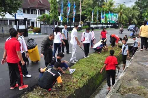 Kebersihan Lingkungan Dimulai Dari Diri Sendiri